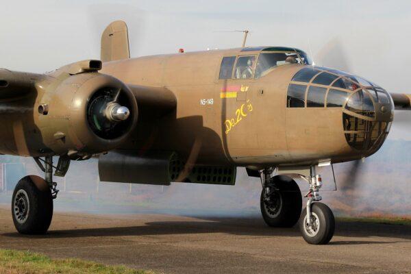 B-25 foto1